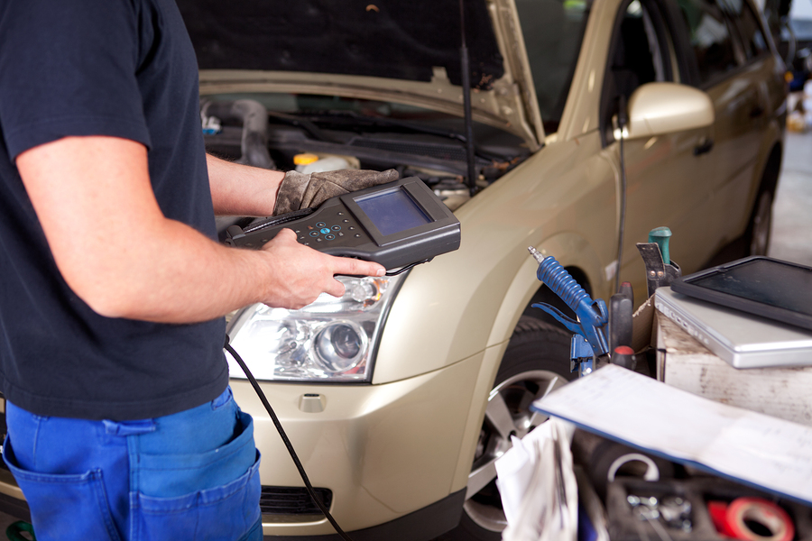 Regular Vehicle Servicing: Things You Should Not Neglect